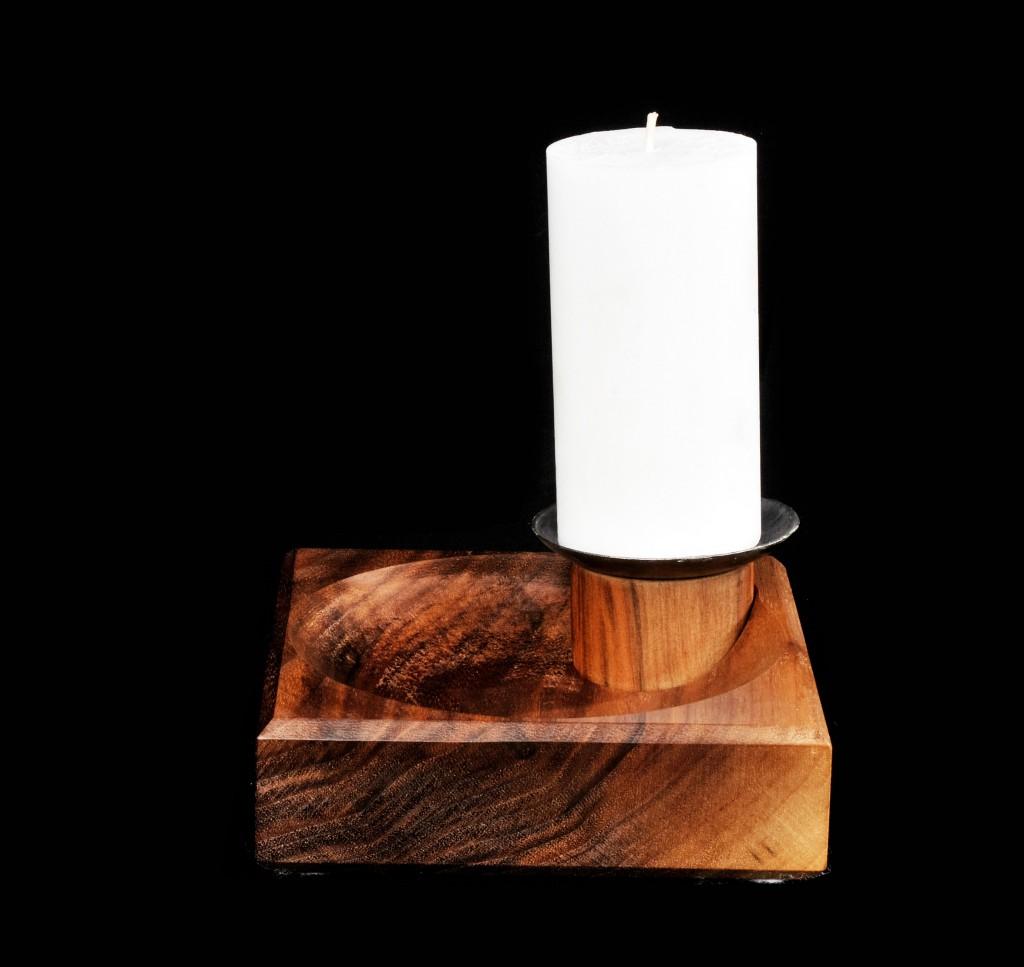 Notlicht mit grosser Kerze
